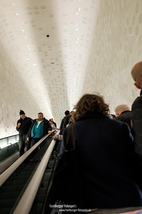 Rolltreppe zur Plaza der Elbphilharmonie